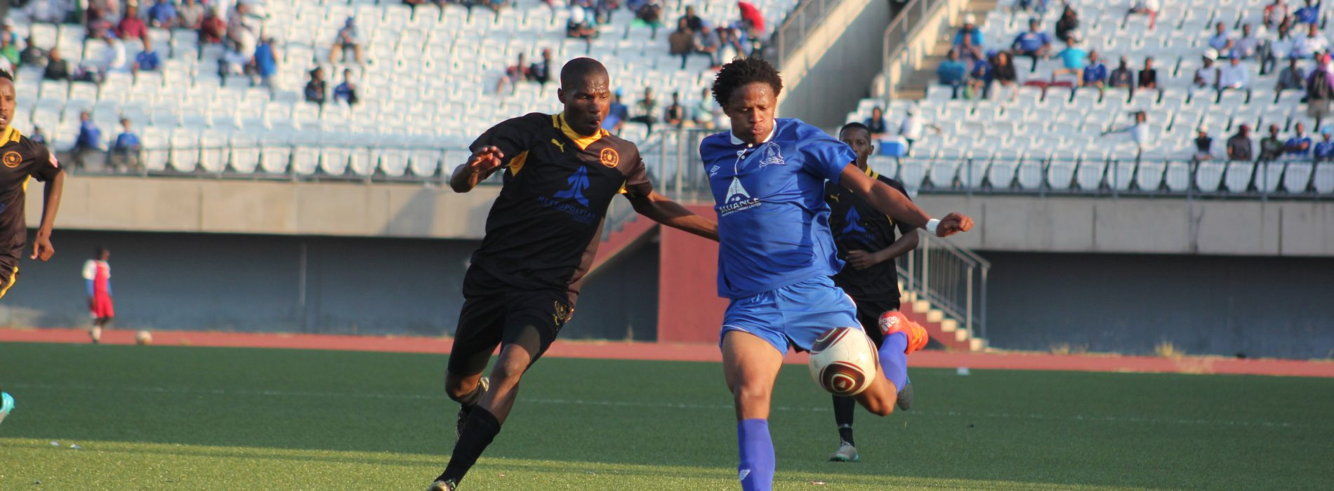 Sera, Koloti battle for Golden Boot