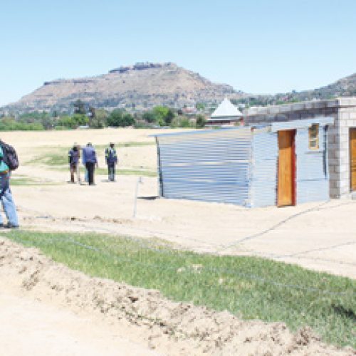 Council razes down fences at illegal plots