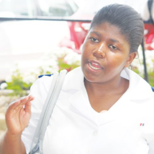 Nurses plead with 'Maesaia over pay