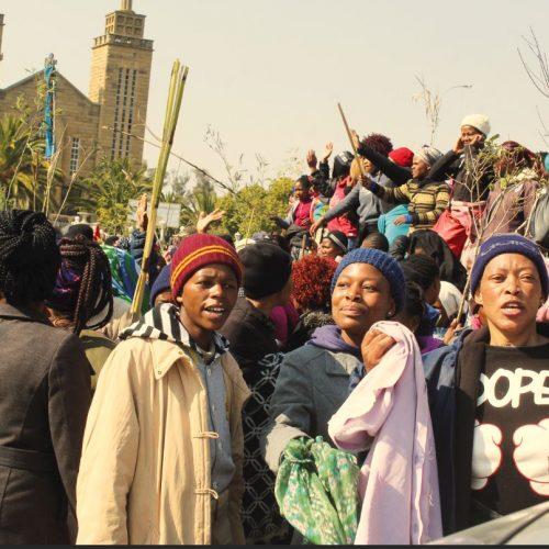 Textile workers go berserk