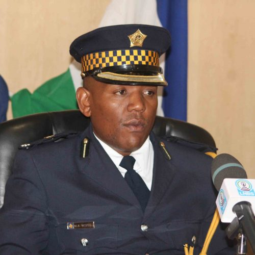 Police to use candles in stations