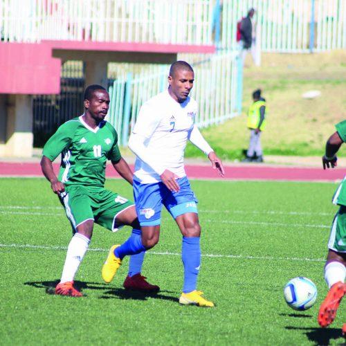 Likuena chase historic victory