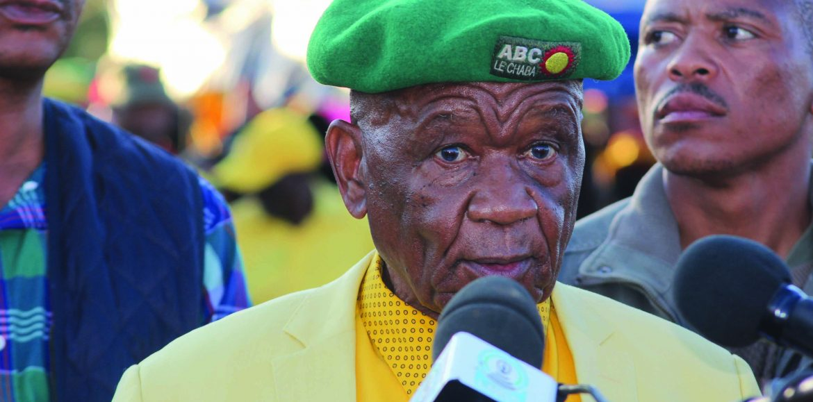 Thabane calls for peace
