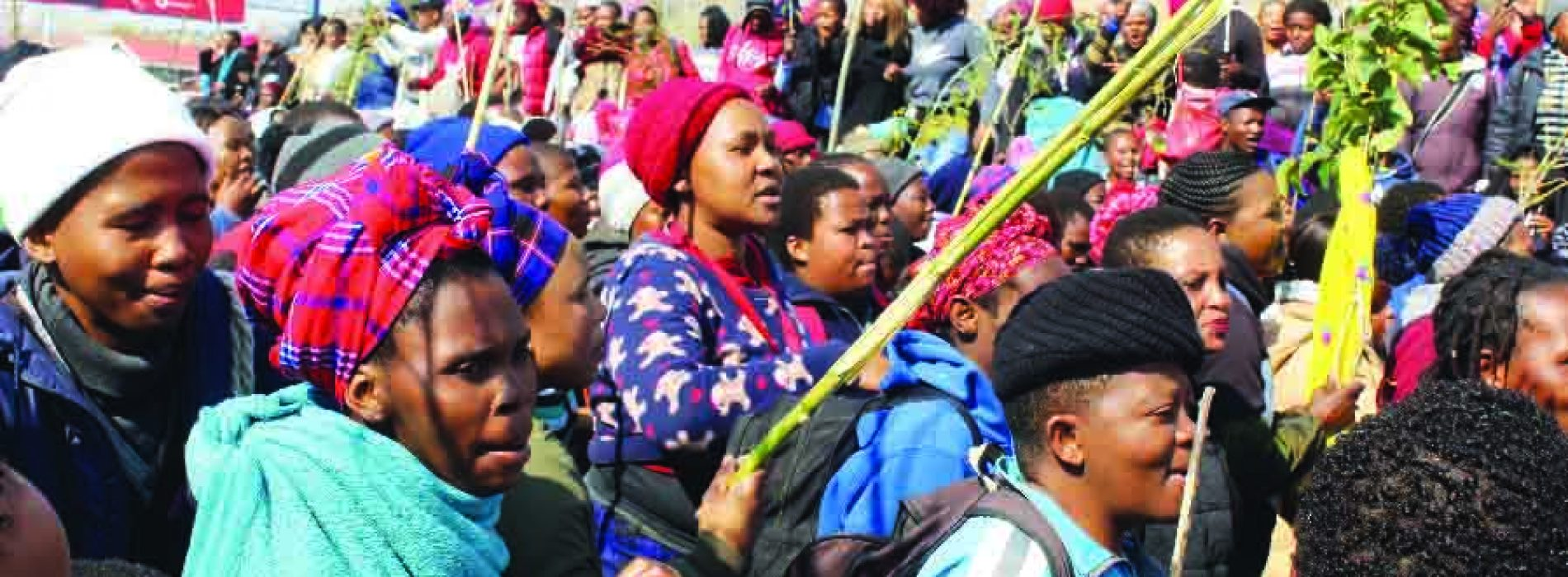 Textile workers down tools
