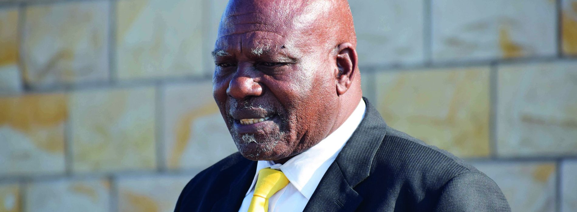 Minister fights councillors