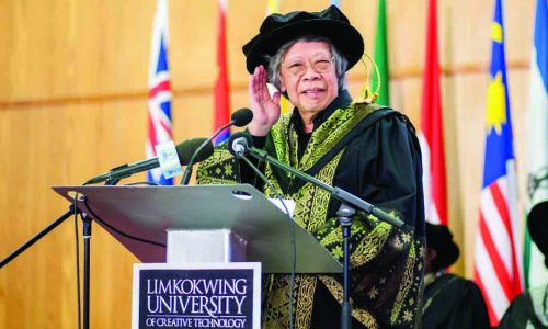 700 capped at Limkokwing