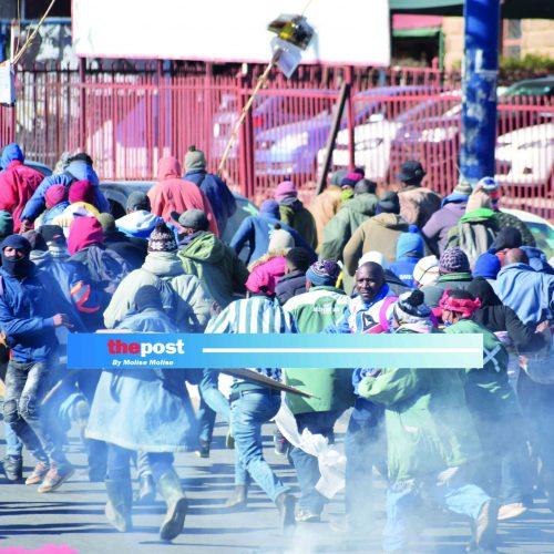 Chaos as  vendors protest