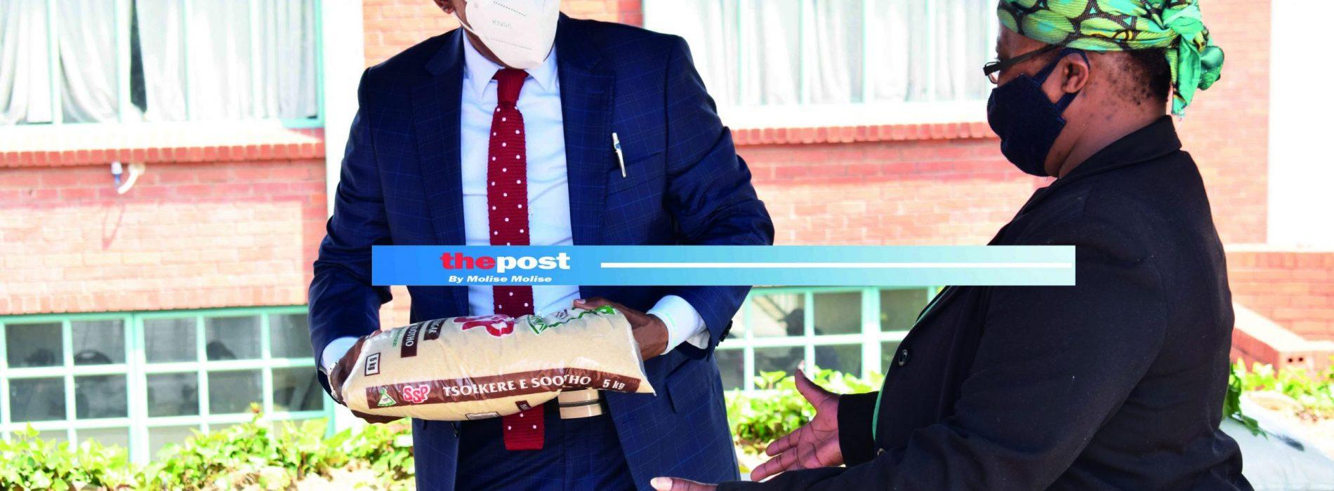 LEFA boss hands over food parcels