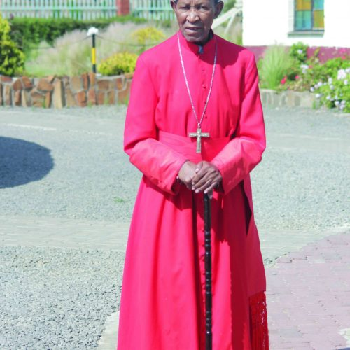 Tributes pour in for Cardinal Khoarai